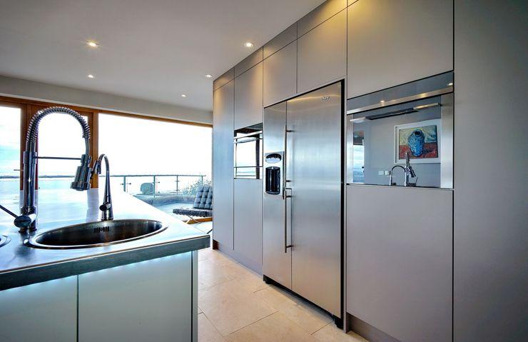 A Modern Kitchen by the Sea ADORNAS KITCHENS Modern kitchen Wood Brown