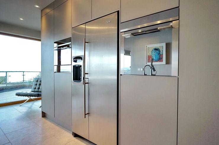 Integrated Eye Level Appliances ADORNAS KITCHENS Modern kitchen Wood Brown