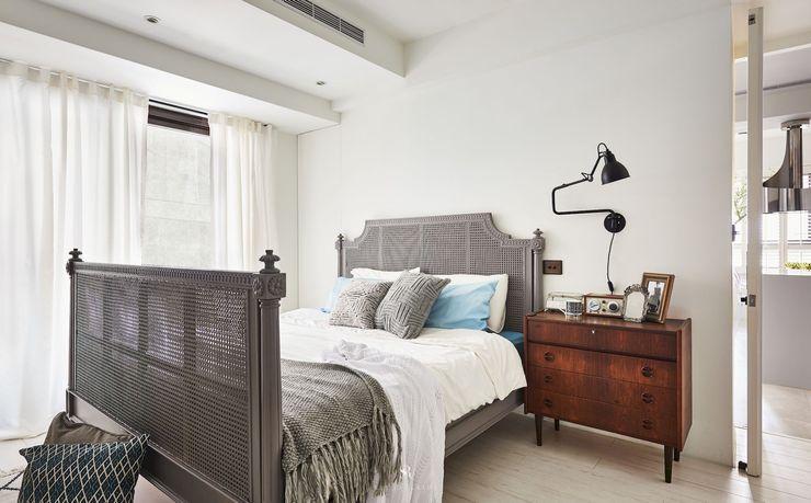 小.曲折|Anti-Sinuous 理絲室內設計有限公司 Ris Interior Design Co., Ltd. 臥室 White