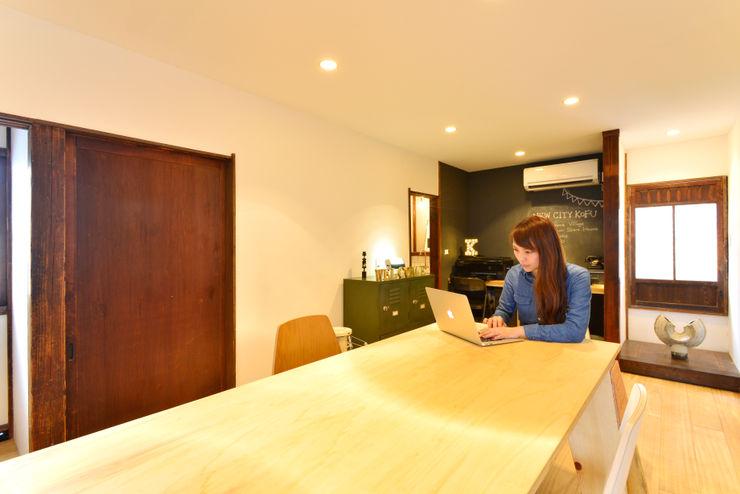 株式会社SHOEI Eclectic style study/office