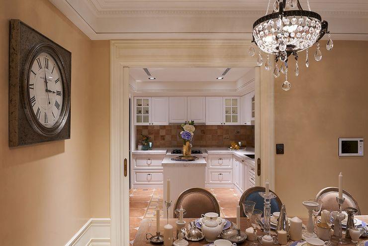 理絲室內設計有限公司 Ris Interior Design Co., Ltd. Country style kitchen Multicolored