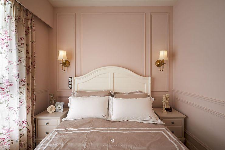 理絲室內設計有限公司 Ris Interior Design Co., Ltd. BedroomBeds & headboards Pink