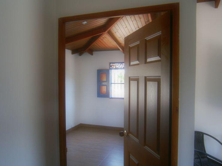 Construexpress Rumah Gaya Country Beton White