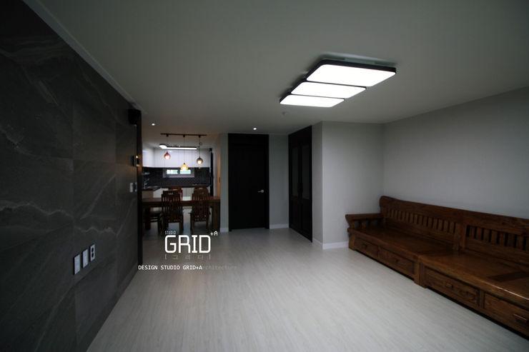 거실인테리어 Design Studio Grid+A 모던스타일 거실 그레이