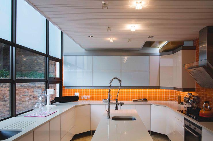 House Hoffman Swart & Associates Architects Modern kitchen
