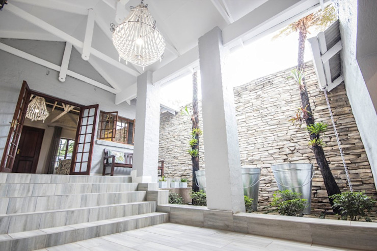 Principia Design Pasillos, vestíbulos y escaleras de estilo rural