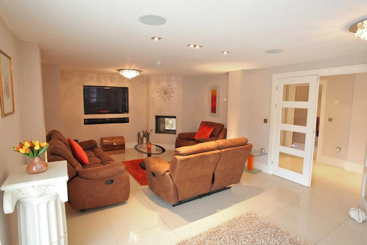 Draethen Farm House Conversion Smarta Ruang Keluarga Modern
