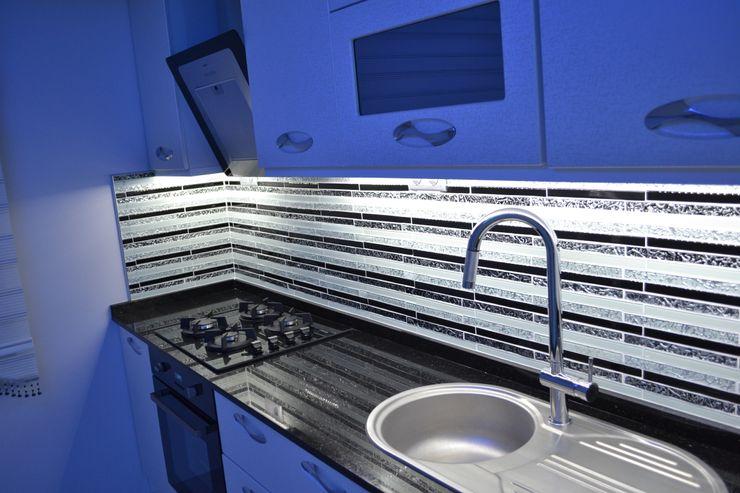 Fatma hanımın mütevazi evine coşku kattık Damla Yapı Teknik Modern Mutfak