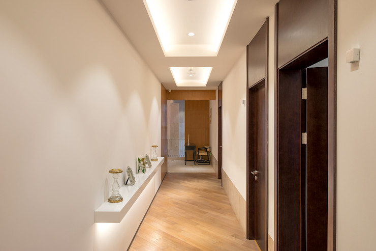 RAW DESIGN STUDIO Modern living room