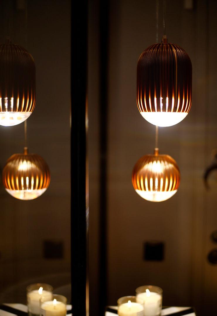lighting Esra Kazmirci Mimarlik Modern corridor, hallway & stairs Black