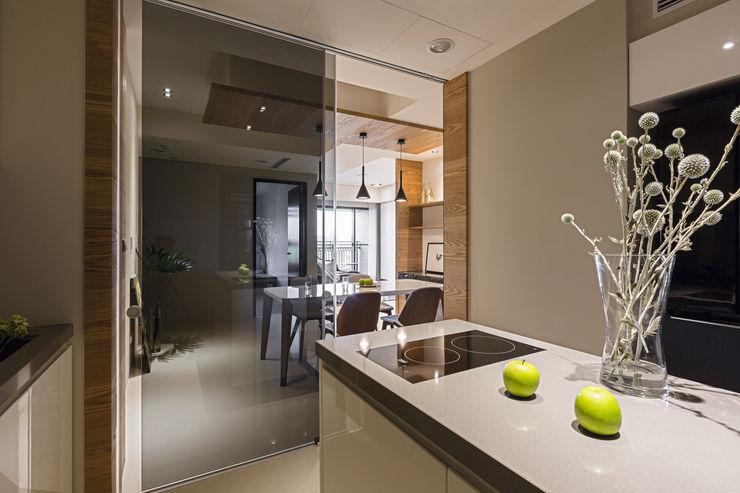 賀澤室內設計 HOZO_interior_design 賀澤室內設計 HOZO_interior_design Modern kitchen