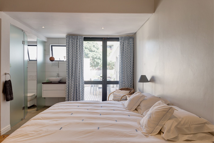 Muse Architects Спальня в эклектичном стиле