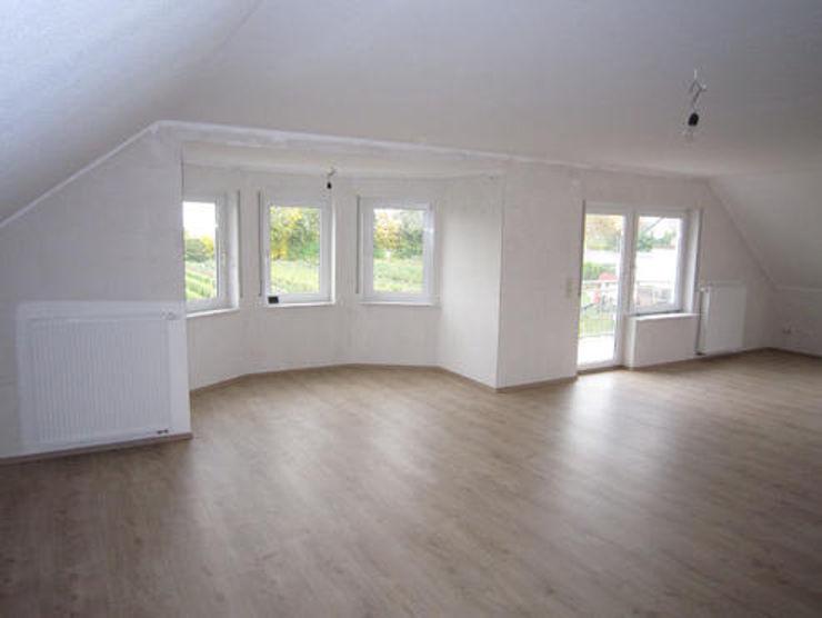 Trockenbau/Innenausbau einer neuen Wohnung PFS Immobiliensanierung Klassische Häuser