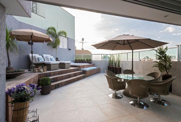 homify Varandas, alpendres e terraços modernos