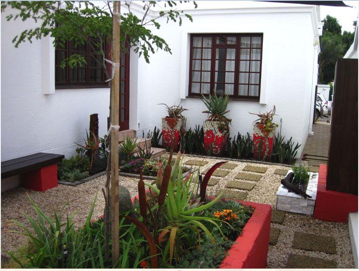 Young Landscape Design Studio Jardines de estilo moderno