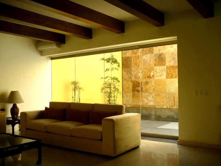 Can SeV Taller A3 SC Salas de estilo moderno Piedra Amarillo