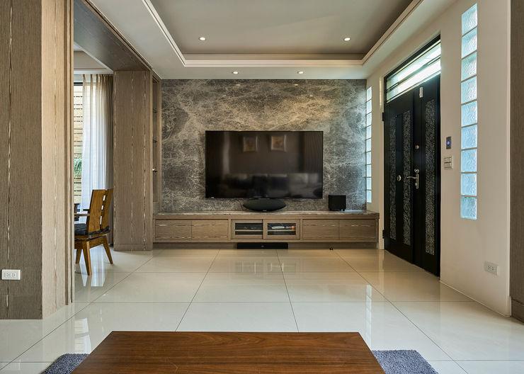 /3 世家新室內裝修公司 Classic style living room