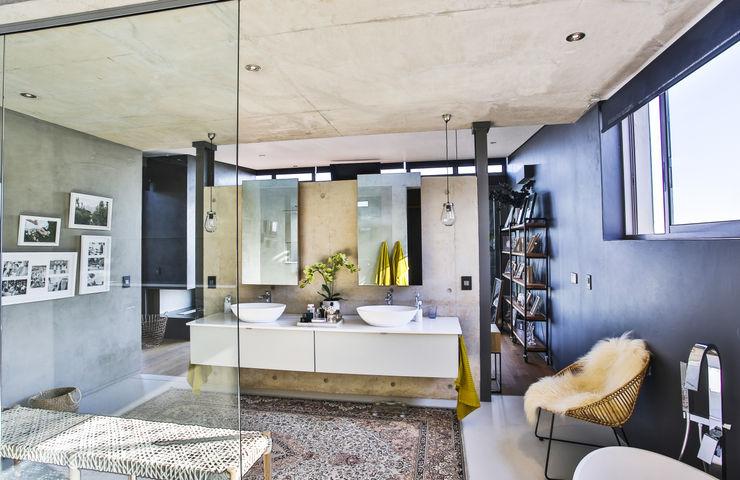 homify Ванная комната в стиле модерн Бетон Серый
