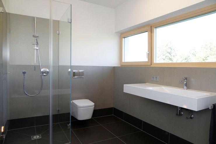 Bad Fichtner Gruber Architekten Moderne Badezimmer