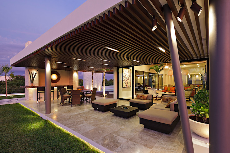 LUMINICA Iluminación Балконы и веранды в эклектичном стиле Дерево Эффект древесины