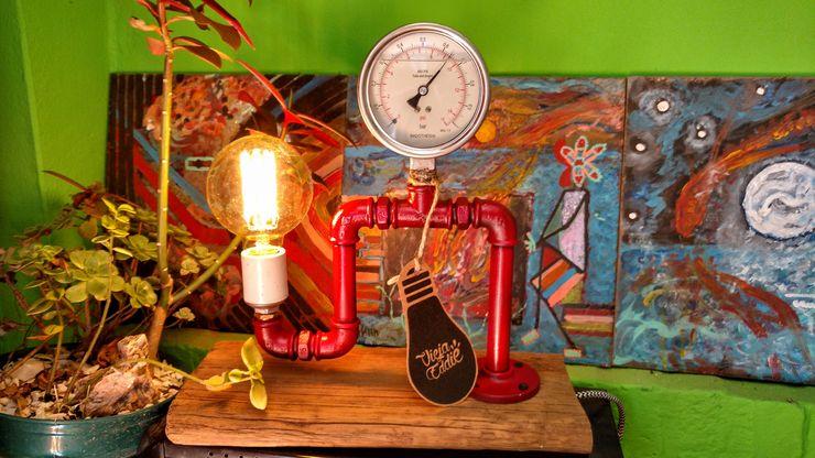 Lamparas Vintage Vieja Eddie ІлюстраціїКартини та картини Залізо / сталь Червоний