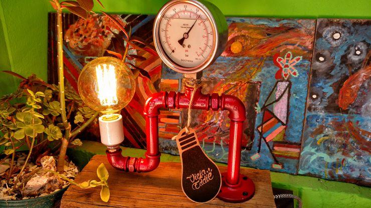 Lamparas Vintage Vieja Eddie Внутрішнє озеленення Залізо / сталь Червоний