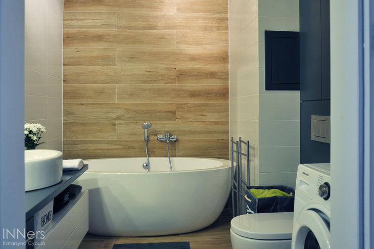 INNers - architektura wnętrza Scandinavian style bathroom