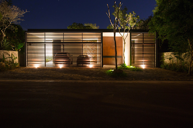 FGO Arquitectura Modern houses Aluminium/Zinc Brown
