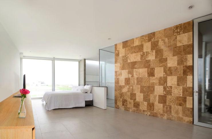CASA MEMORY Chetecortés Dormitorios de estilo moderno