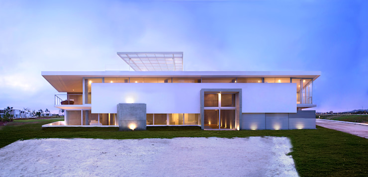 CASA LIVING Chetecortés Casas modernas: Ideas, diseños y decoración