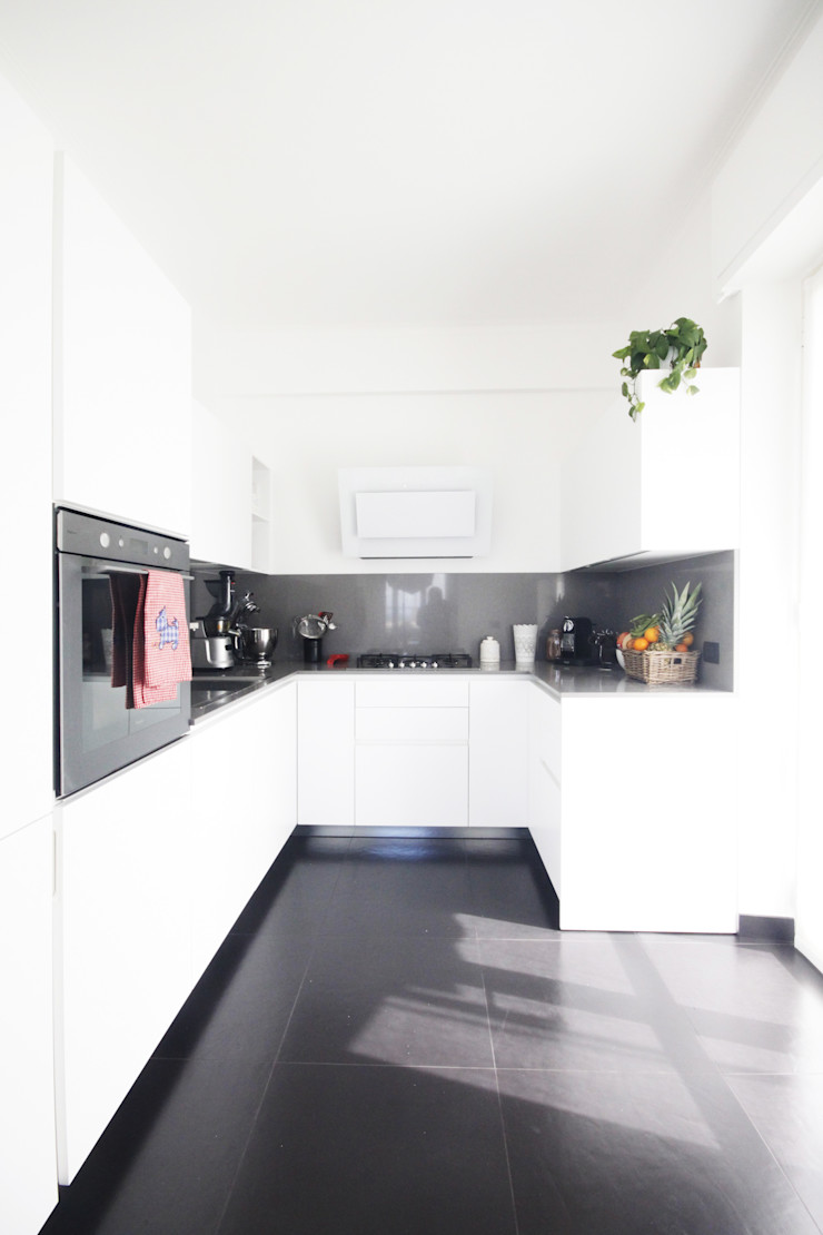 CASA C&A Andrea Orioli Cucina minimalista Quarzo Bianco