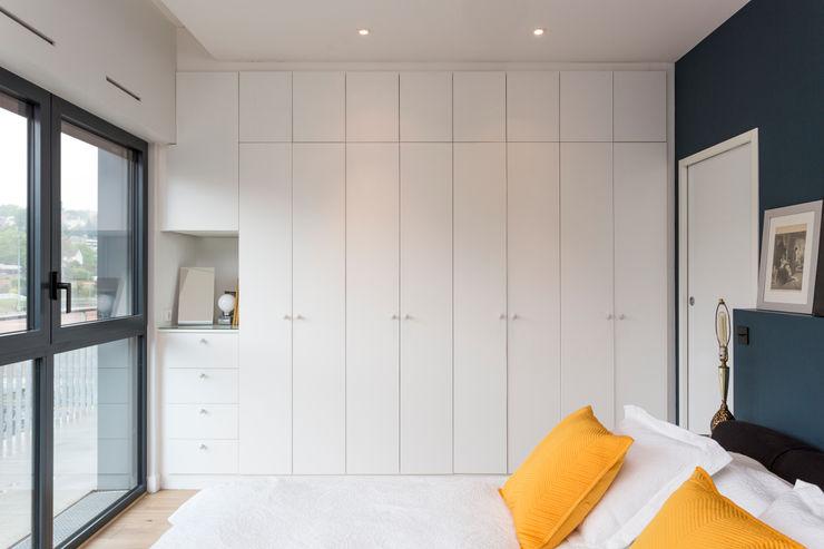 Mon Concept Habitation Minimalist dressing room