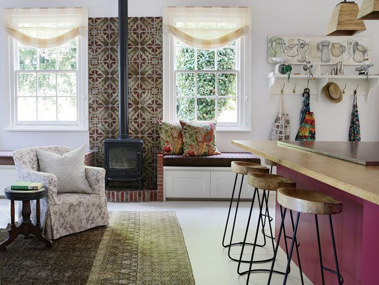 Natalie Bulwer Interiors Кухни в эклектичном стиле