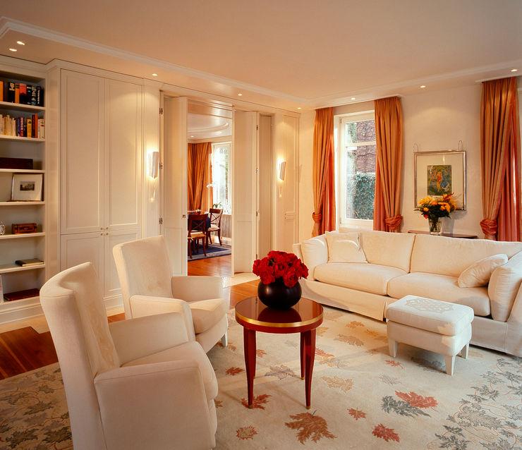 Hunke & Bullmann Ruang Keluarga Klasik Amber/Gold