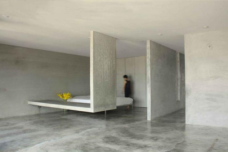 清水模量體騰空離地,一物多用,貫徹少物的無束和自在。 本晴設計 臥室