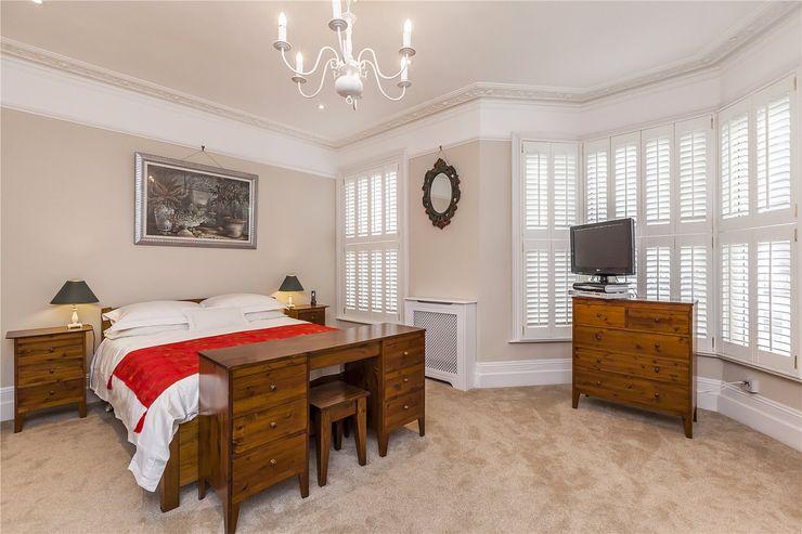Chesilton Road, Fulham, SW6 APT Renovation Ltd Modern style bedroom