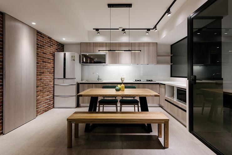 隹設計 ZHUI Design Studio Кухни в эклектичном стиле
