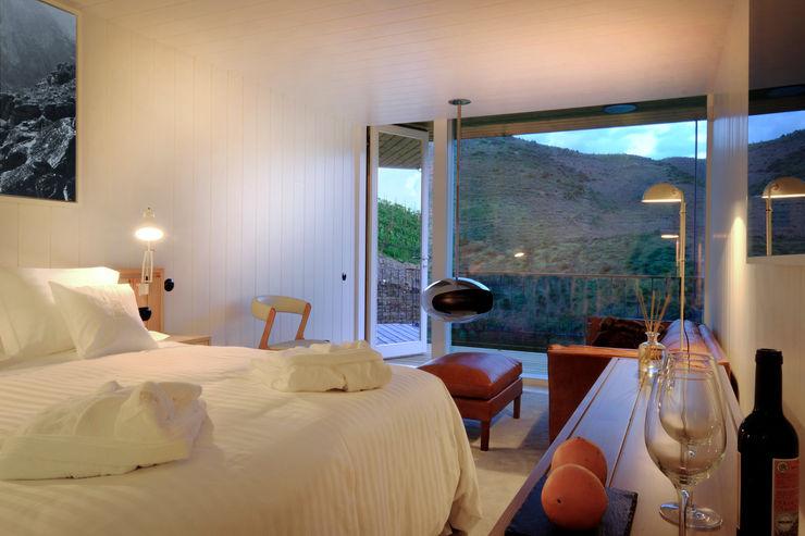 RUSTICASA Modern hotels Wood White