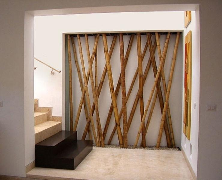 homify Couloir, entrée, escaliers méditerranéens