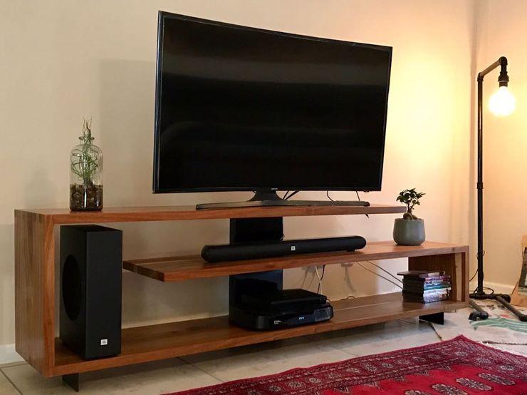 GreenCube Design Pty Ltd Sala multimediaMuebles Madera