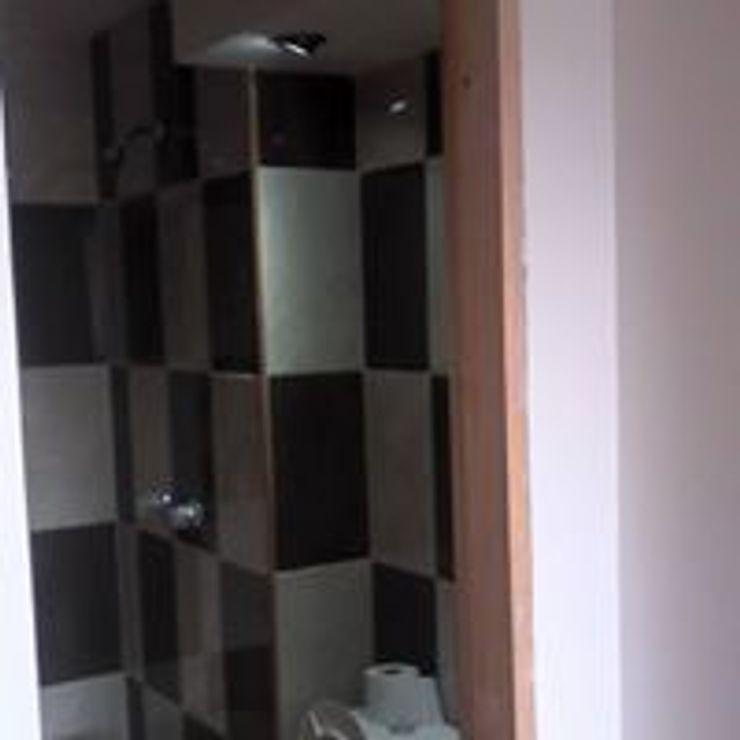 DISEÑO Y DECORACIÓN DE ESPACIOS INTERIORES Phòng tắm phong cách hiện đại