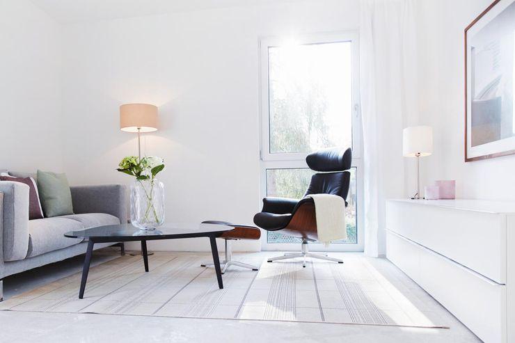 Wohnzimmer Home Staging Bavaria WohnzimmerSofas und Sessel