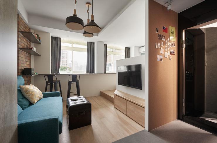 有偶設計 YOO Design industrial style corridor, hallway & stairs