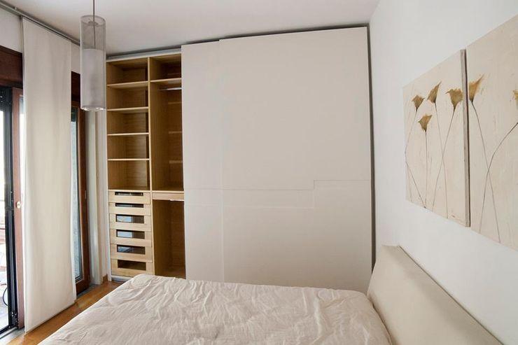 Armadio attrezzato Falegnameria Grelli Camera da letto moderna