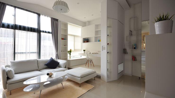 小坪數大空間之16坪純淨簡約溫馨宅 瓦悅設計有限公司 書房/辦公室