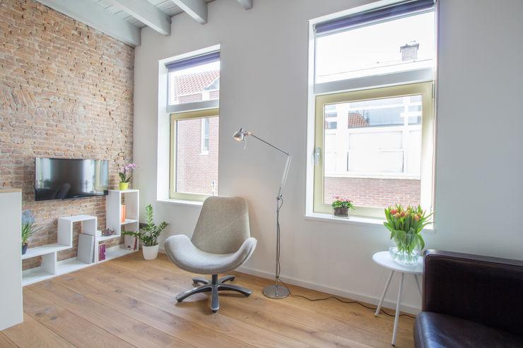 Hofjeswoningen Westeinde studio suit Industriële woonkamers