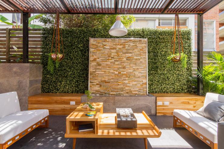 Patio Casa Mediterránea Adrede Arquitectura Balcones y terrazas de estilo mediterráneo