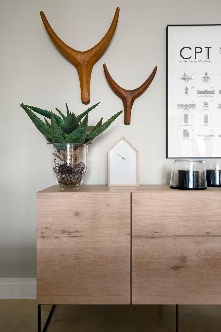 MINC DESIGN STUDIO Scandinavian style living room