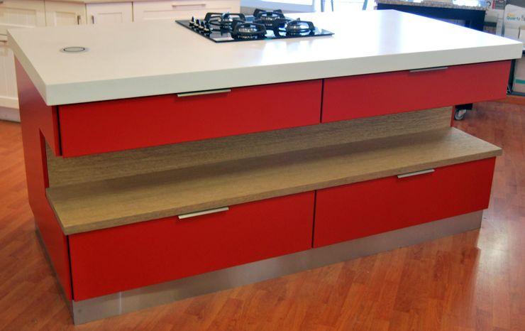 Capital Kitchens cc Кухня в стиле модерн МДФ Красный