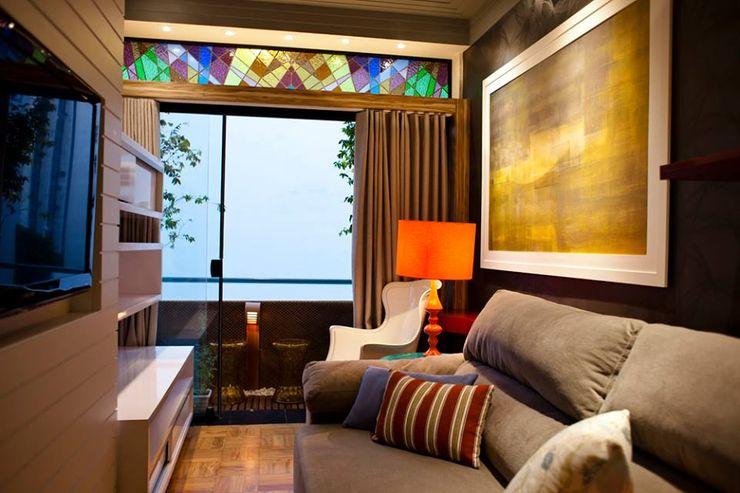 Projeto Residencial V.ARQ HOME Salas de estar ecléticas